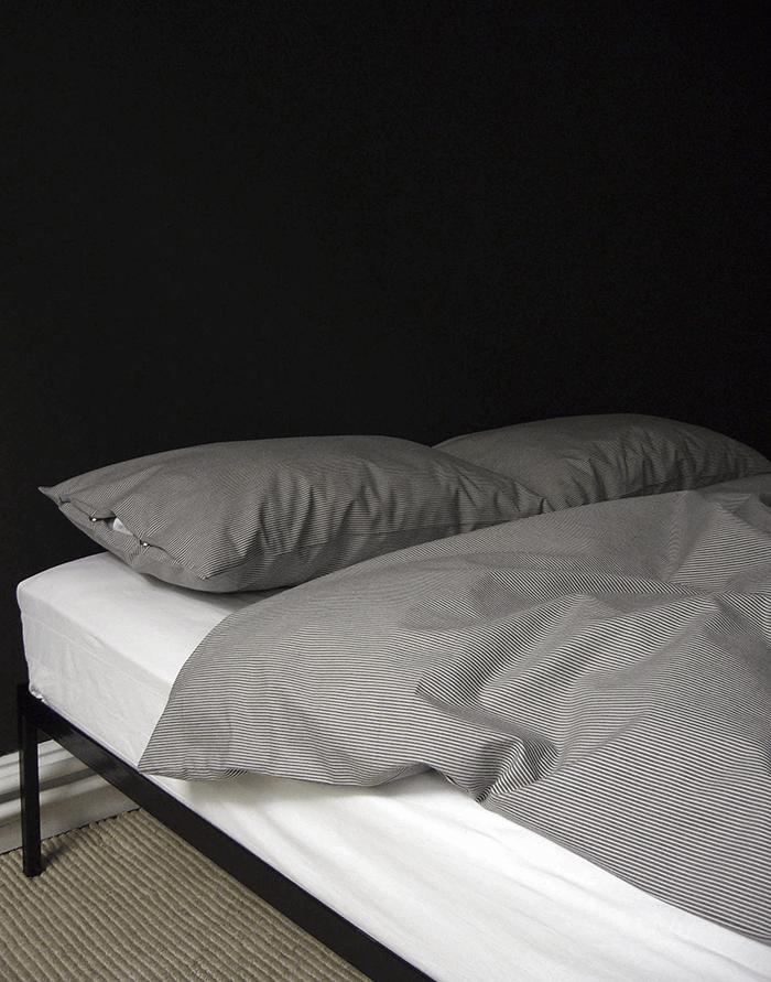 fluo-pillow-02-s